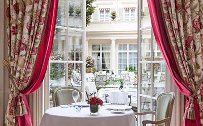Le Bristol - lyxhotell i Paris